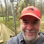 Utanför tältet - med kaminen